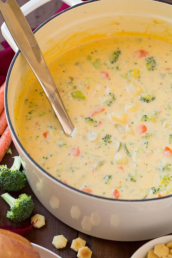 cheesy-vegetable-chowder-srgb.