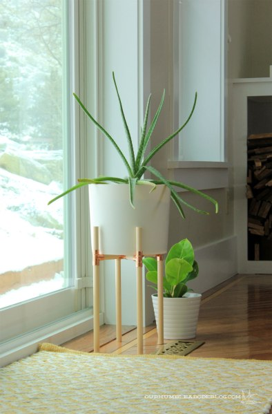 wood-and-copper-plant-stand-by-back-door