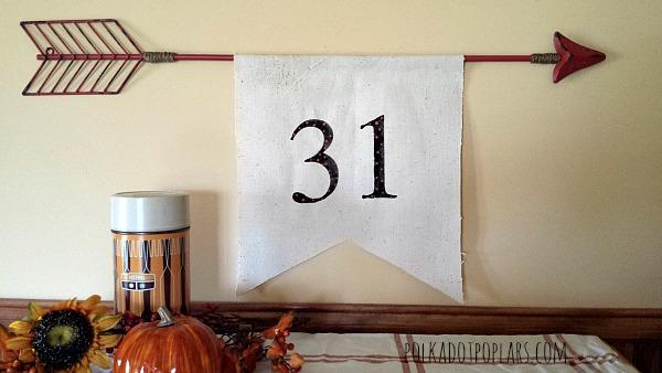 DIY Halloween Pennant Banner