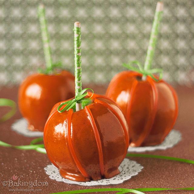 Caramel Apples with Cinnamon