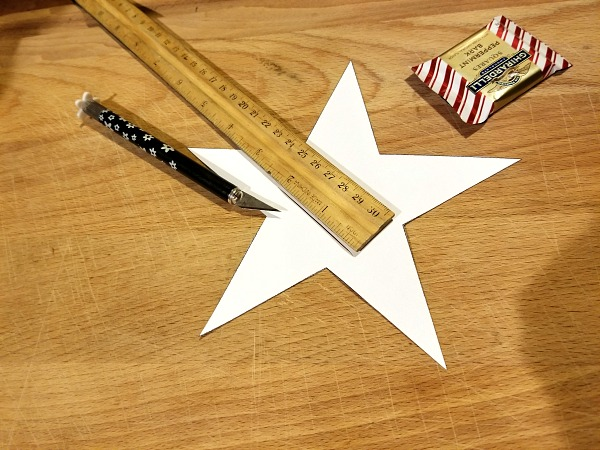 cutting a pocket into the star