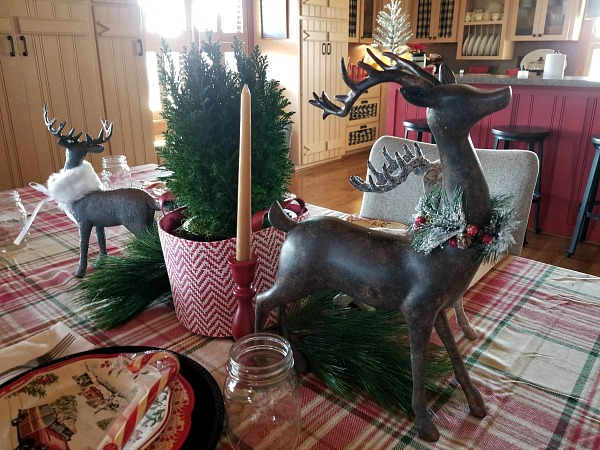 Deer Christmas Table