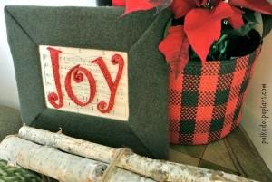 A cozy Christmas frame for my cabin decor.
